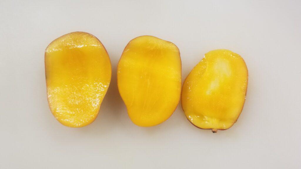 ミニマンゴー果肉